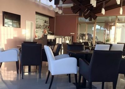 Namještaj za ugostiteljstvo | Fotelje | Barske stolice | Stolice